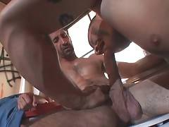 Mature Bear And Big Toned Guy Exchange Blowjobs 2